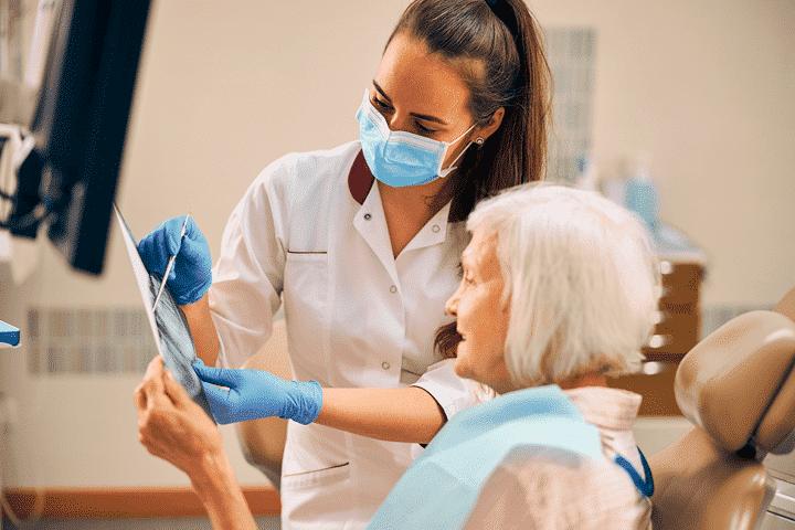 ouderen en tandarts
